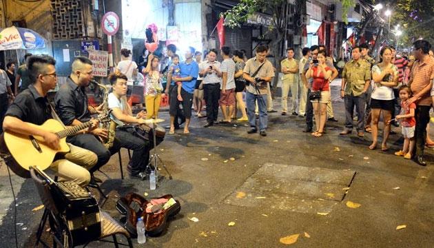 Hà Nội mở rộng phố đi bộ sang Hàng Gai, Cầu Gỗ