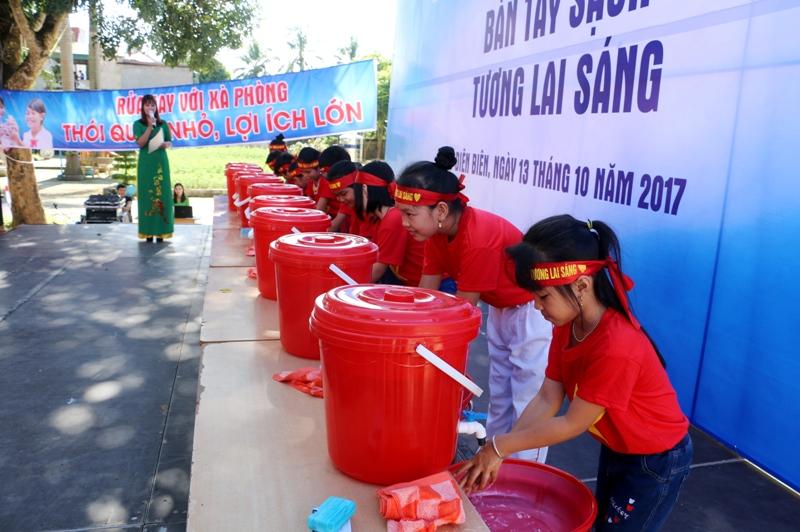 Điện Biên: Gần 800 học sinh tham gia hưởng ứng Ngày thế giới rửa tay với xà phòng
