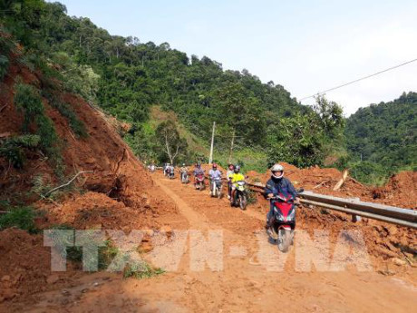 Cảnh báo nguy cơ cao xảy ra lũ quét, sạt lở đất ở Nam Trung Bộ