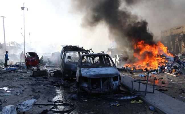Tổng thống Somalia tuyên bố quyết tâm chống Shabaab sau vụ đánh bom liên hoàn