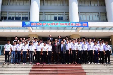 Bí thư Thành ủy TP.Hồ Chí Minh: Cần khuyến khích sinh viên khởi nghiệp