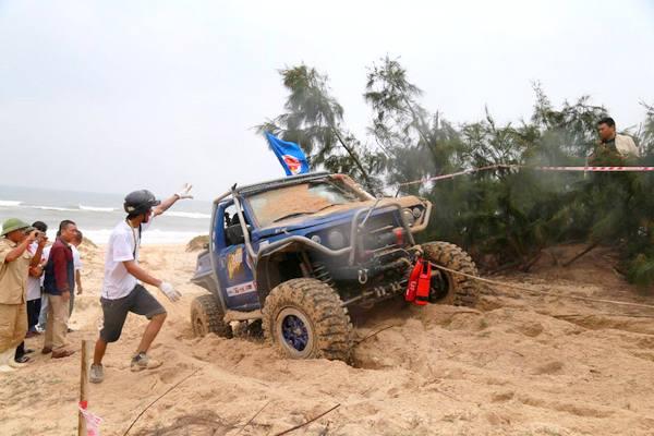 Quảng Bình: Khai mạc giải đua xe địa hình khắc nghiệt Việt Nam