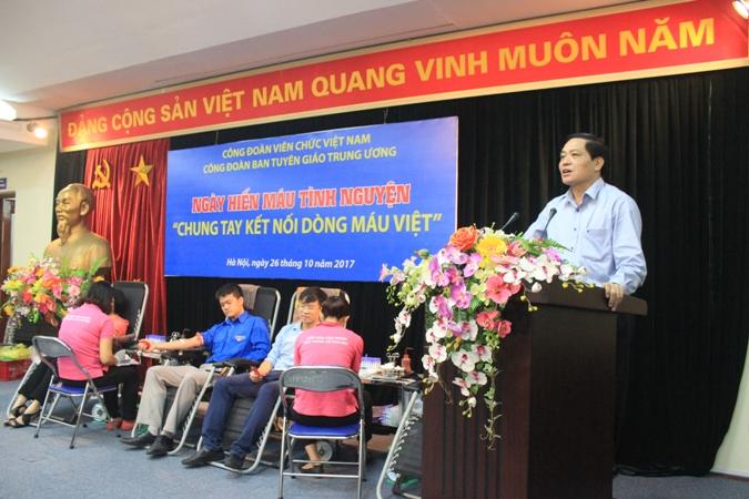 """Hiến máu tình nguyện chung tay """"Kết nối dòng máu Việt"""""""