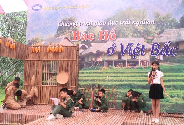 """Chương trình giáo dục trải nghiệm """"Bác Hồ ở Việt Bắc"""""""