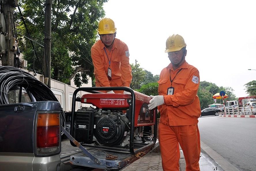 Hà Nội: Đảm bảo điện phục vụ các hoạt động kỷ niệm 63 năm Ngày giải phóng Thủ đô