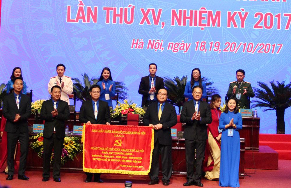 Khai mạc Đại hội đại biểu Đoàn thanh niên Cộng sản Hồ Chí Minh thành phố Hà Nội lần thứ XV
