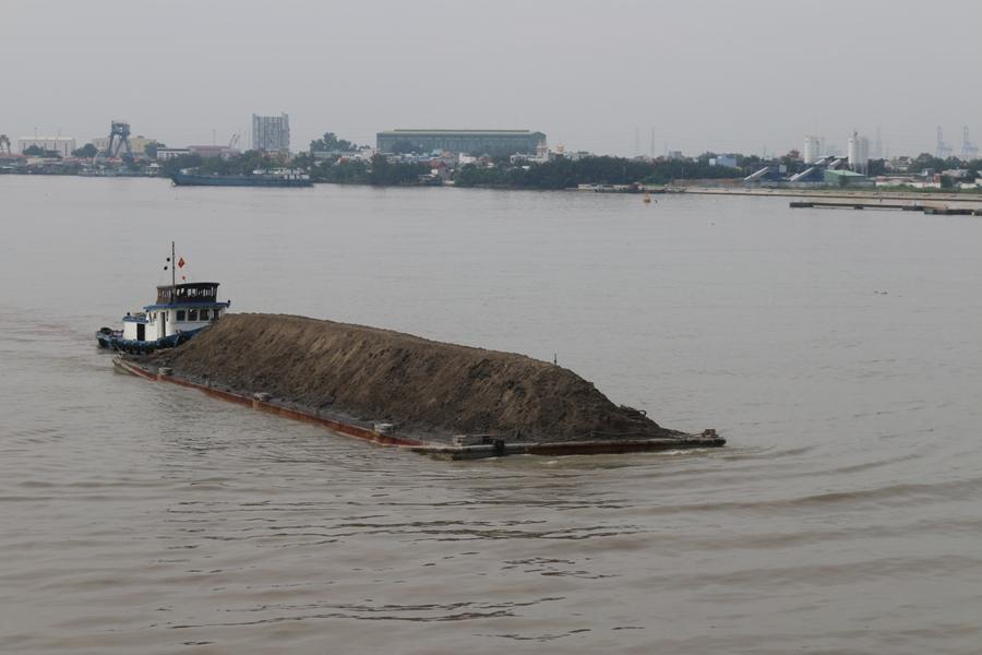 Kiểm tra phản ánh phí vận tải đường thủy cao do mãi lộ
