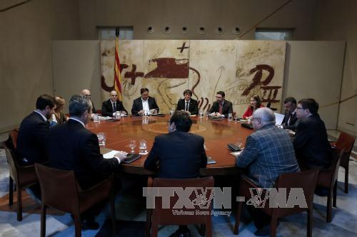 Tây Ban Nha để ngỏ khả năng tước quyền tự trị của Catalunya