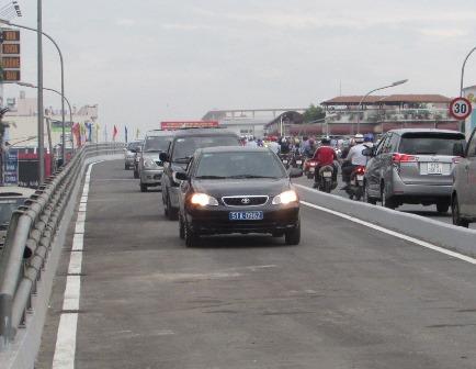 TP. Hồ Chí Minh: Đưa vào hoạt động nhánh còn lại của cầu vượt thép nút giao Ngã 6 Gò Vấp