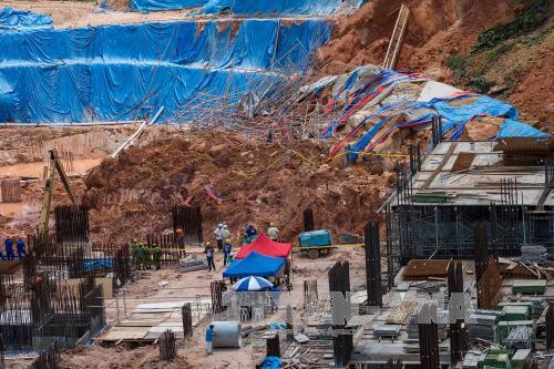Vụ sạt lở đất tại Malaysia: 11 người chết và mất tích