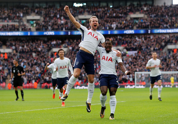Harry Kane thăng hoa, Spurs hủy diệt Liverpool