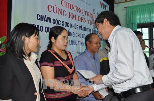 Chăm sóc sức khỏe và hỗ trợ cho giáo viên, học sinh huyện miền núi A Lưới (Thừa Thiên - Huế)