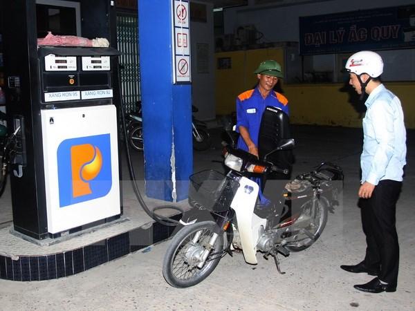 """Petrolimex với """"cuộc chiến"""" giữ thị phần kinh doanh xăng dầu"""