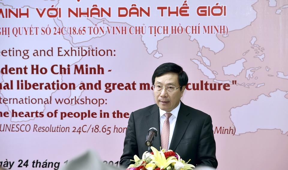 Chủ tịch Hồ Chí Minh - Anh hùng giải phóng dân tộc, nhà văn hoá kiệt xuất*
