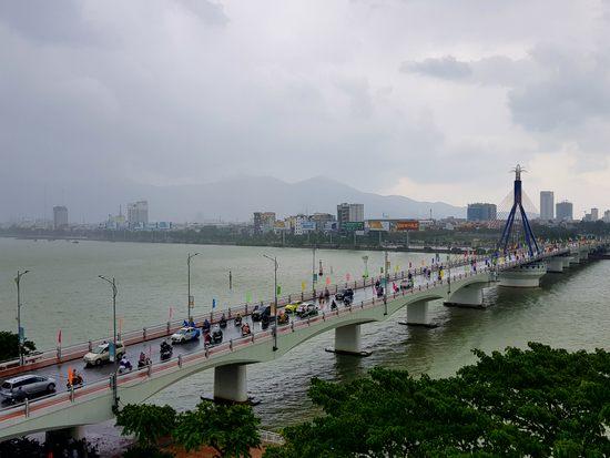 Đà Nẵng điều tiết nút giao thông phía Tây cầu Sông Hàn để phục vụ APEC 2017