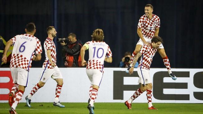 Đại thắng Hy Lạp, Croatia đặt một chân tới World Cup