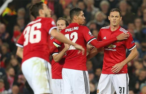 Man Utd toàn thắng cả 4 trận tại Champions League