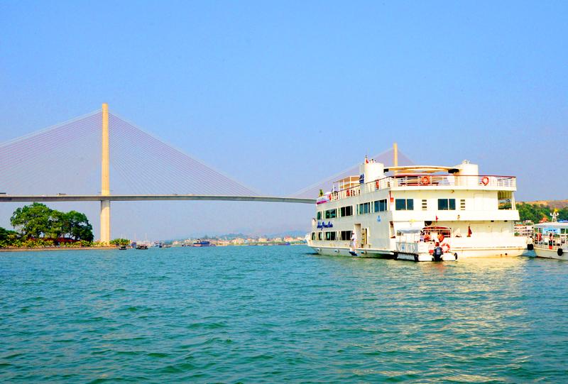 Quảng Ninh: In 10.000 tấm bản đồ phục vụ xúc tiến quảng bá du lịch