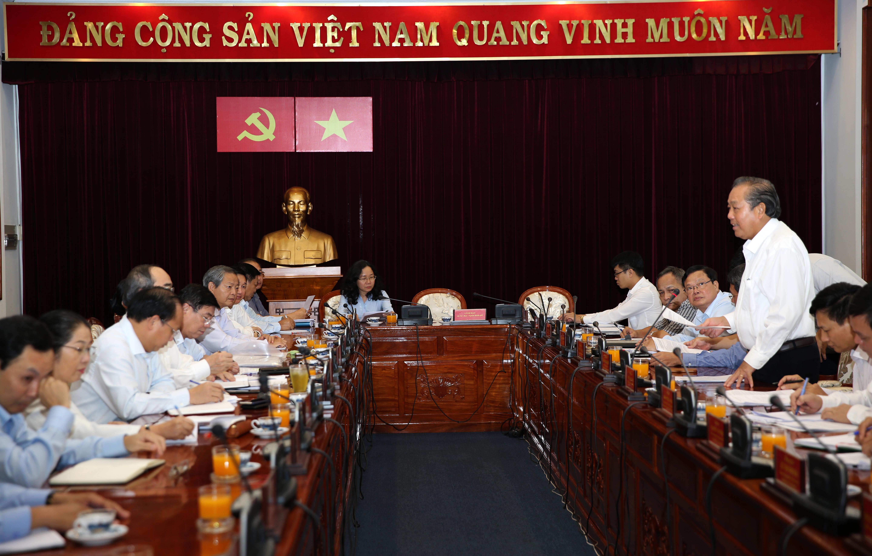 Phó Thủ tướng Trương Hòa Bình làm việc với Thành uỷ TP Hồ Chí Minh