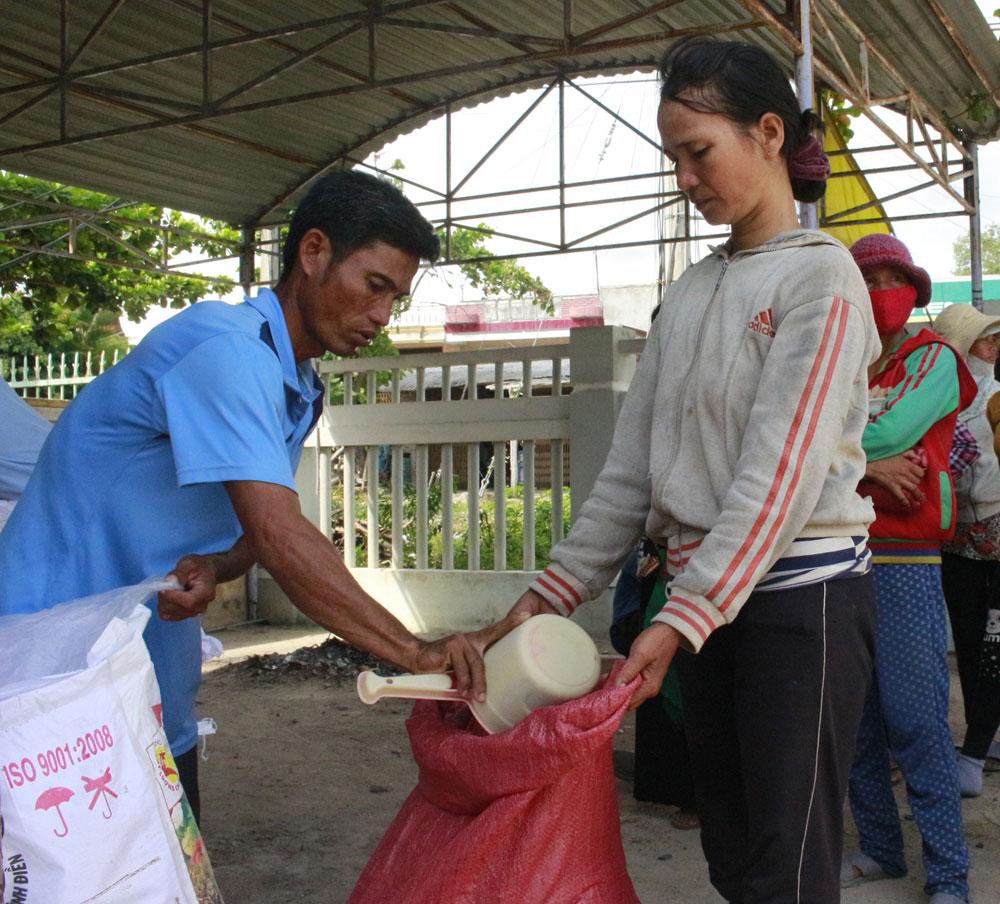 Phú Yên: Hỗ trợ kinh phí phát triển sản xuất cho các hộ nghèo