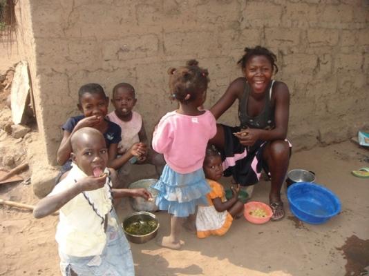 Nhận định về nguyên nhân nạn đói tăng lên ở châu Phi