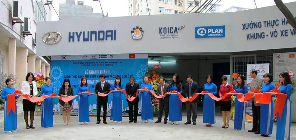 Khánh thành xưởng thực hành sửa chữa khung, vỏ và xưởng sơn ô tô do Hàn Quốc tài trợ