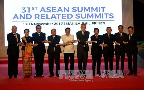 """Hội nghị Cấp cao ASEAN 31: """"Một khu vực rộng mở với bên ngoài trong cộng đồng các quốc gia toàn cầu"""""""