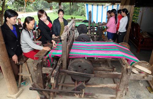 Tuyên Quang: Hỗ trợ đất ở, đất sản xuất cho hộ nghèo DTTS