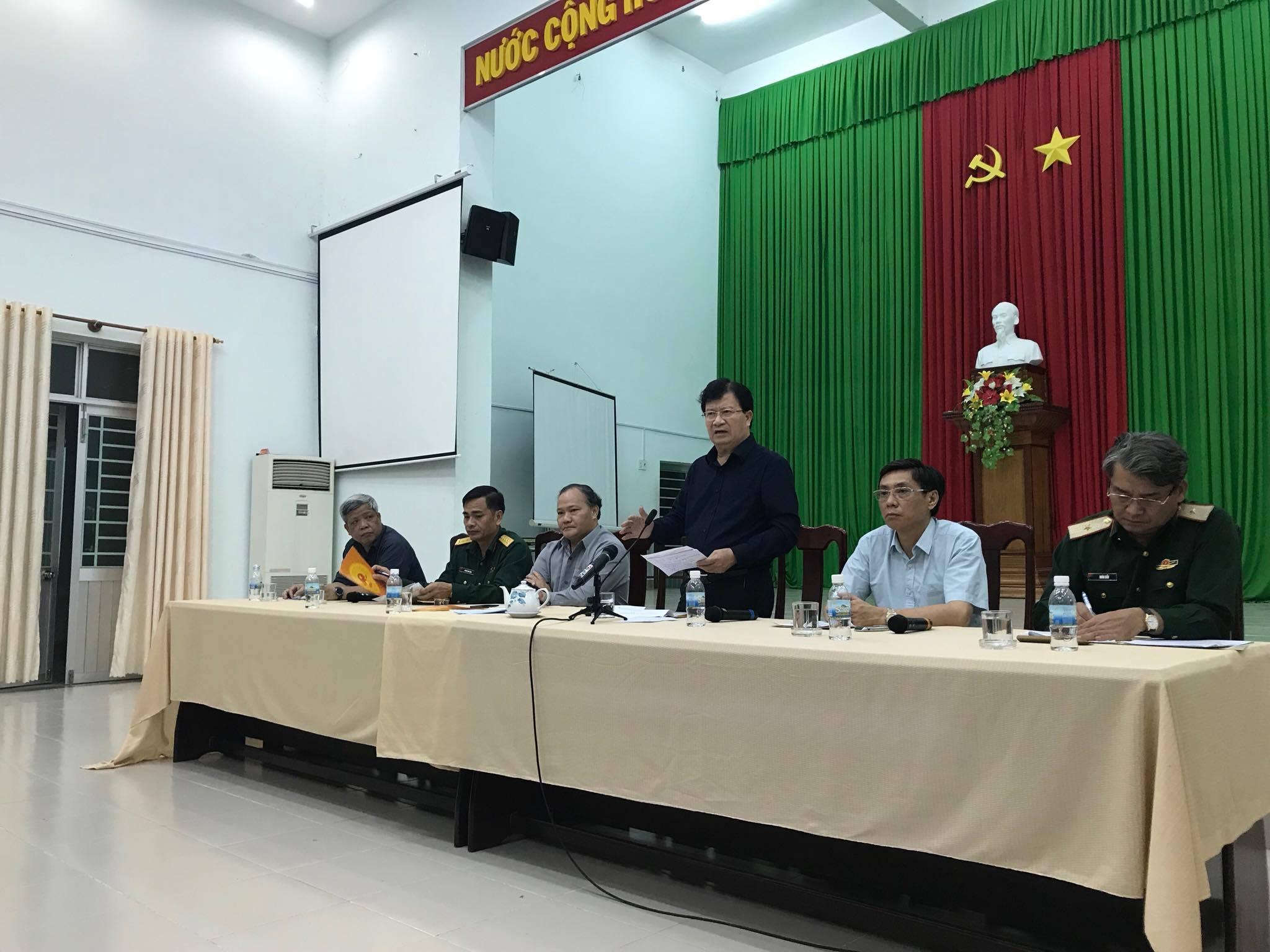 Phó Thủ tướng Trịnh Đình Dũng kiểm tra công tác phòng chống bão số 14 tại Khánh Hòa