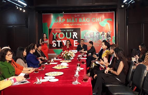 """""""Your Style Fashion"""" khẳng định thời trang Việt Nam trong cuộc sống hiện đại"""