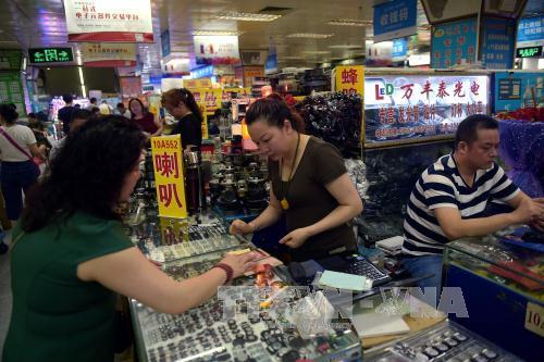 Kinh tế Trung Quốc có dấu hiệu hạ nhiệt trong tháng 10