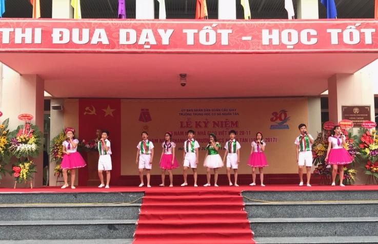 Trường THCS Nghĩa Tân (Hà Nội) kỷ niệm 30 năm thành lập