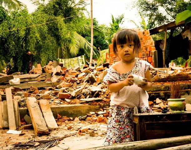 150.000 trẻ em có nguy cơ bị suy dinh dưỡng sau hơn một tuần bão Damrey đổ bộ vào Việt Nam