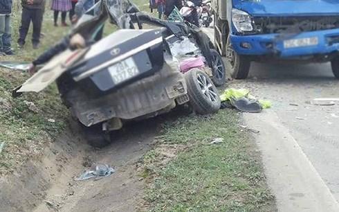Tai nạn giao thông nghiêm trọng tại Sơn La và Hà Tĩnh