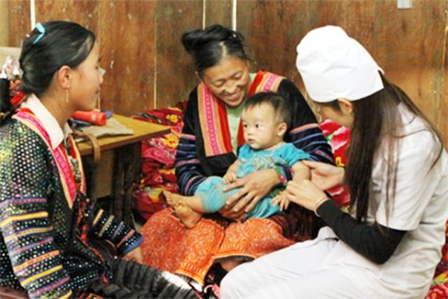 Khẳng định vai trò của y tế thôn bản trong chăm sóc sức khỏe cộng đồng