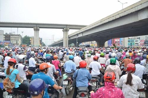 Chưa xem xét lập Ban chỉ đạo chống ùn tắc giao thông tại 2 thành phố lớn