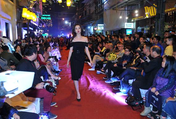 Ấn tượng đêm thời trang ứng dụng tại phố cổ Hà Nội