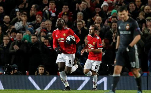 Man Utd đi tiếp tại Champions League với ngôi đầu bảng