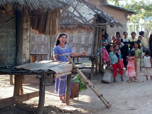 Đẩy mạnh học tập và làm theo tư tưởng, đạo đức, phong cách Hồ Chí Minh: Thắp sáng những niềm tin!