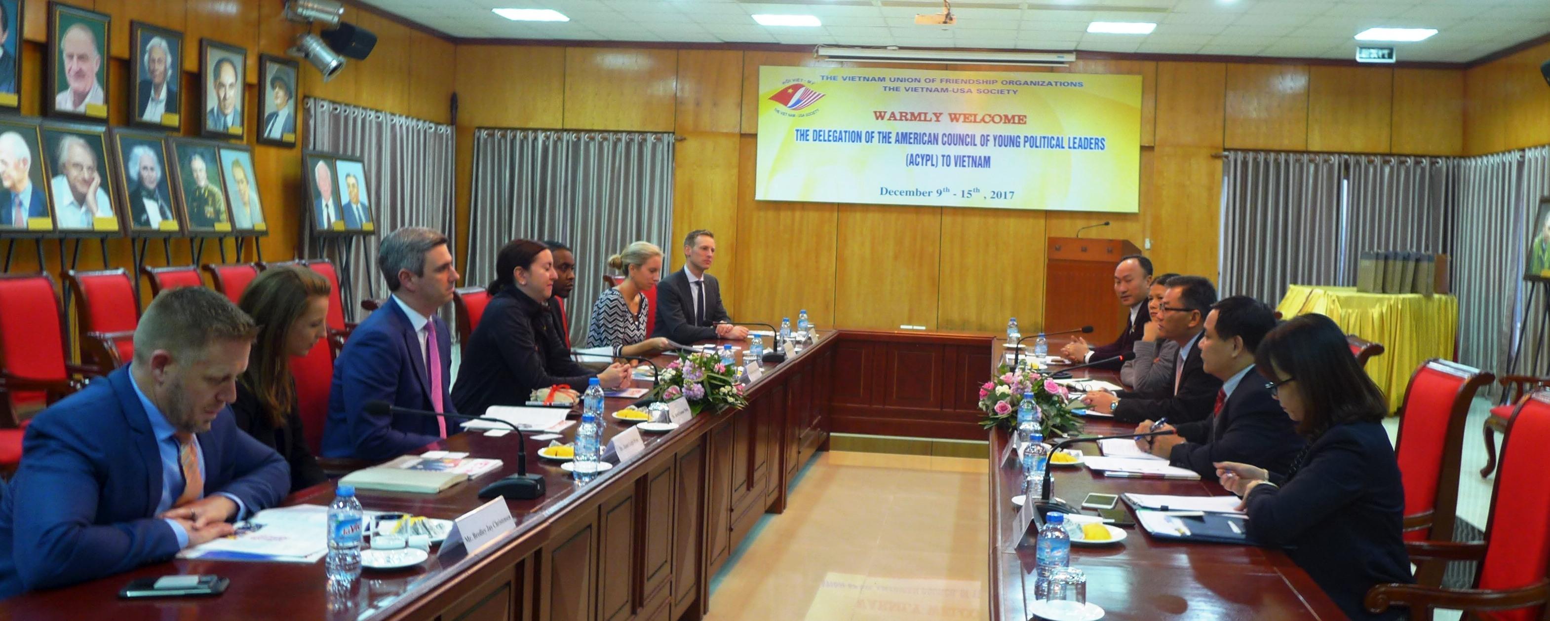 Thúc đẩy quan hệ hữu nghị và hợp tác giữa nhân dân hai nước Việt Nam và Mỹ