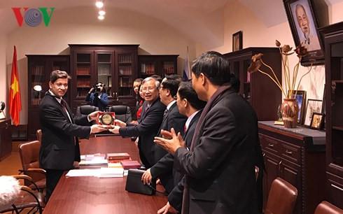 Đồng chí Trần Quốc Vượng kết thúc tốt đẹp chuyến thăm LB Nga