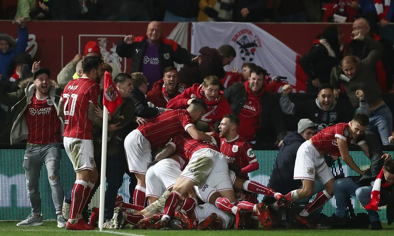 Man Utd thua sốc đội hạng Nhất tại Cúp Liên đoàn Anh