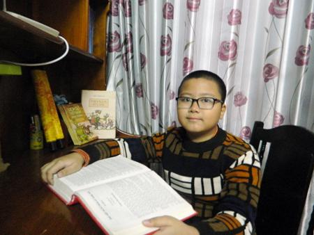 """Chuyện thú vị về cậu bé 10 tuổi """"mê"""" sử ở Hưng Yên"""