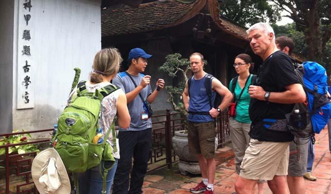 Khách quốc tế đến Việt Nam năm 2017 tăng gần 30% so với năm trước