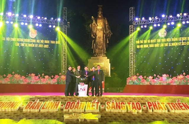 Dạ hội chào mừng thành công Đại hội Đoàn toàn quốc lần thứ XI