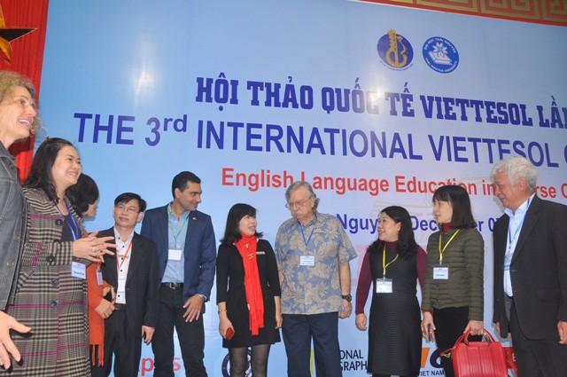 Hội thảo quốc tế về tăng cường việc giảng dạy tiếng Anh