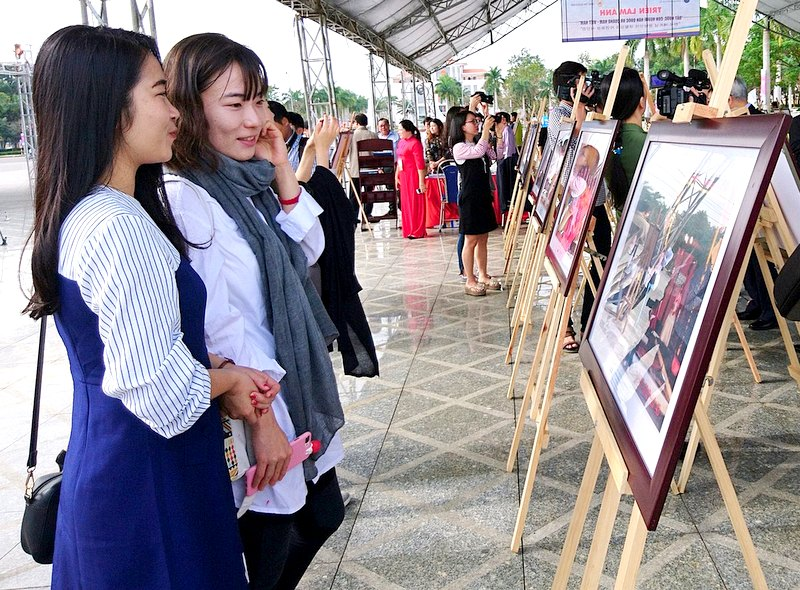 Khai mạc triển lãm ảnh đất nước và con người Hàn Quốc - Quảng Nam