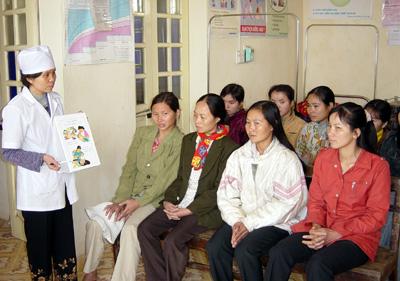 Truyền thông nâng cao nhận thức DS-KHHGĐ để nâng cao chất lượng cuộc sống của nhân dân ở xã Thanh Đa