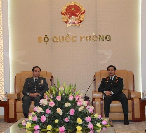 Thượng tướng Phan Văn Giang tiếp Tham mưu trưởng Lực lượng Tự vệ mặt đất Nhật Bản