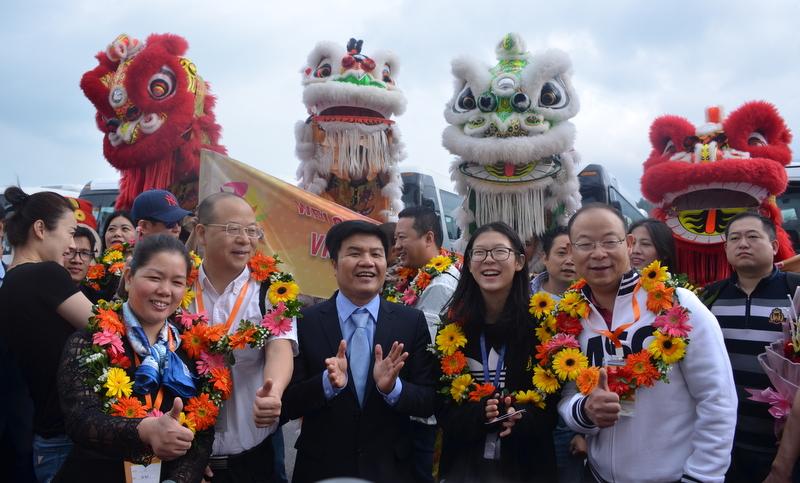 """Tàu du lịch biển thế hệ mới MSC LIRICA """"xông đất"""" Thành phố Đà Nẵng"""